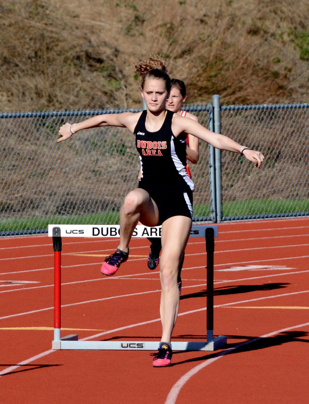 20180502-ce-sp Sayers 300 hurdles