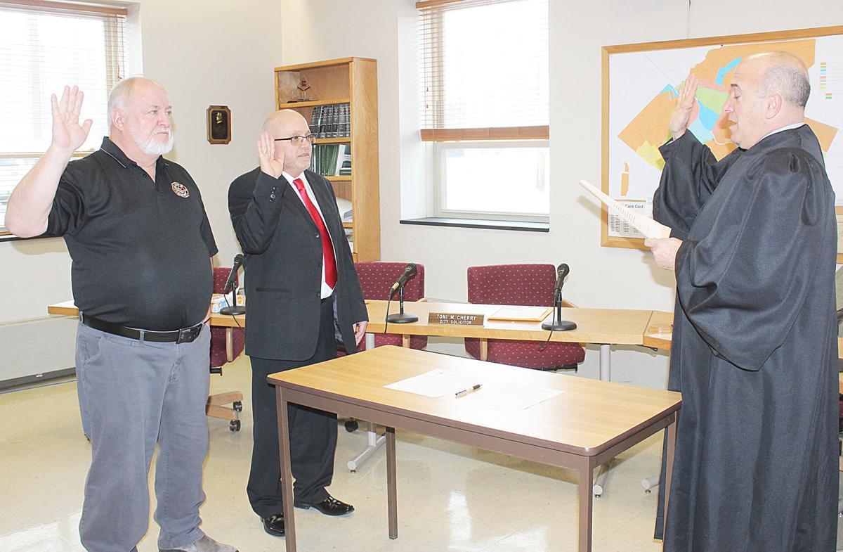 Councilmen sworn in by Judge Cherry