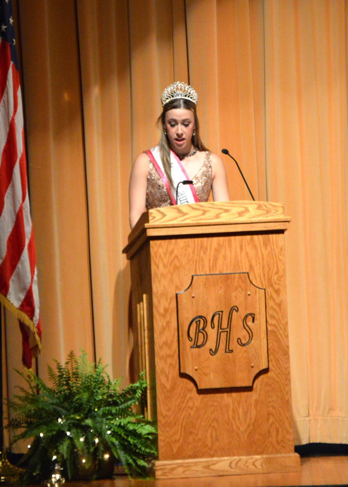 Outgoing 2016 Western Pennsylvania Laurel Festival Queen