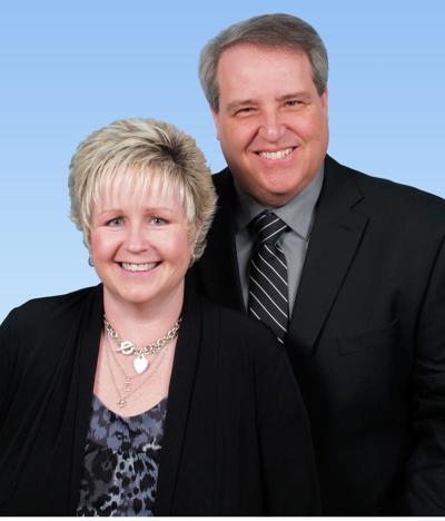 Mr. and Mrs. Larry Shindledecker