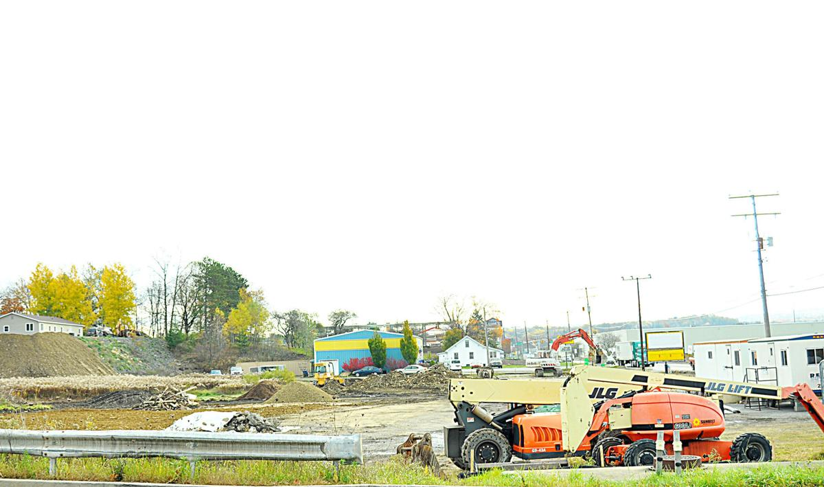 New Sandy Township retail center moving forward; Applebee\'s drops ...