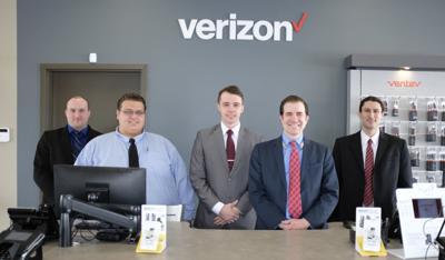 New Verizon Wireless store seeks local talent