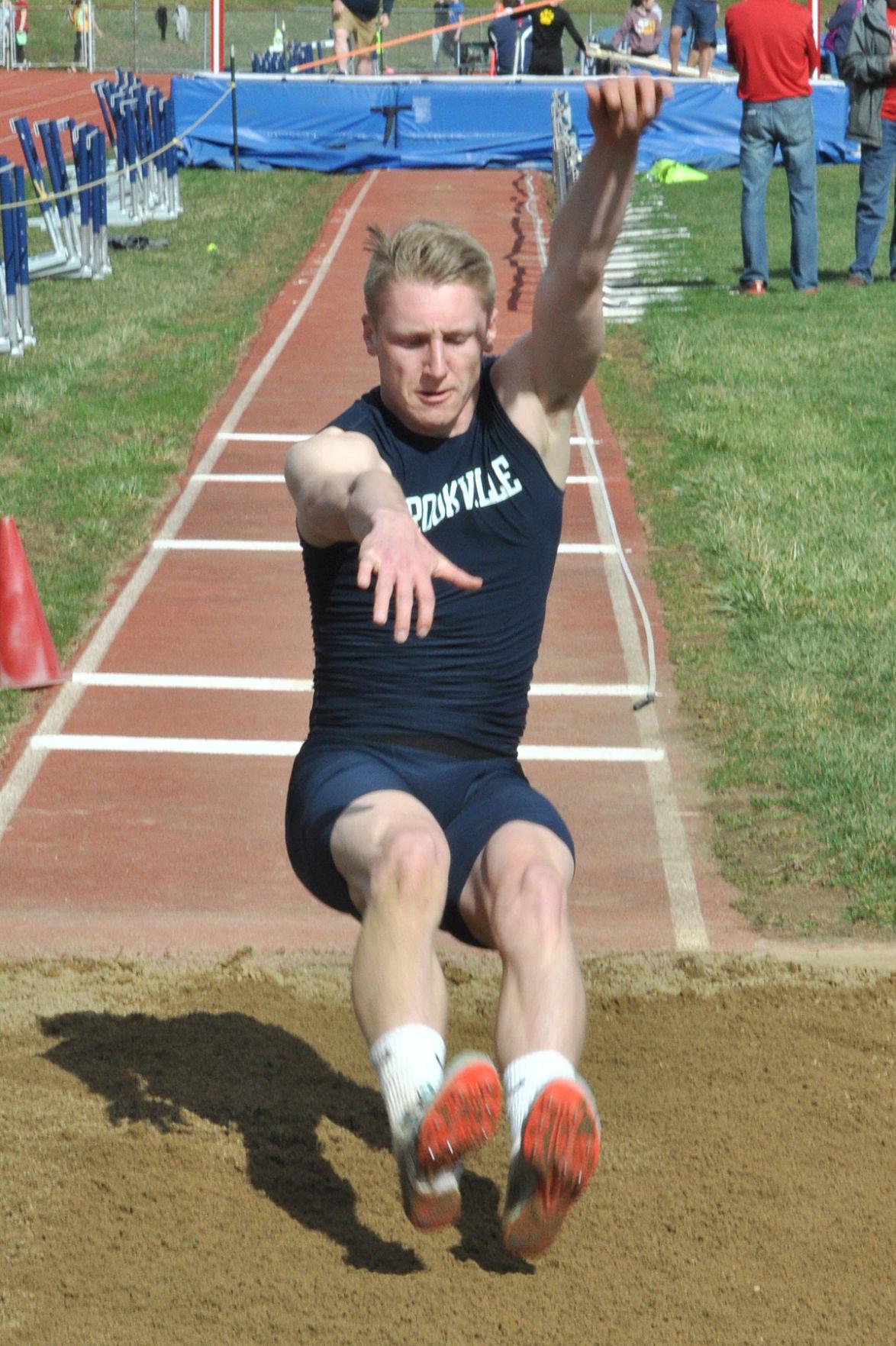 Bryan Dworek long jump