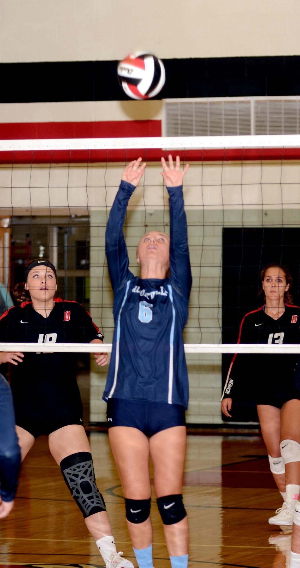 Brooke Ganoe set vs. DuBois