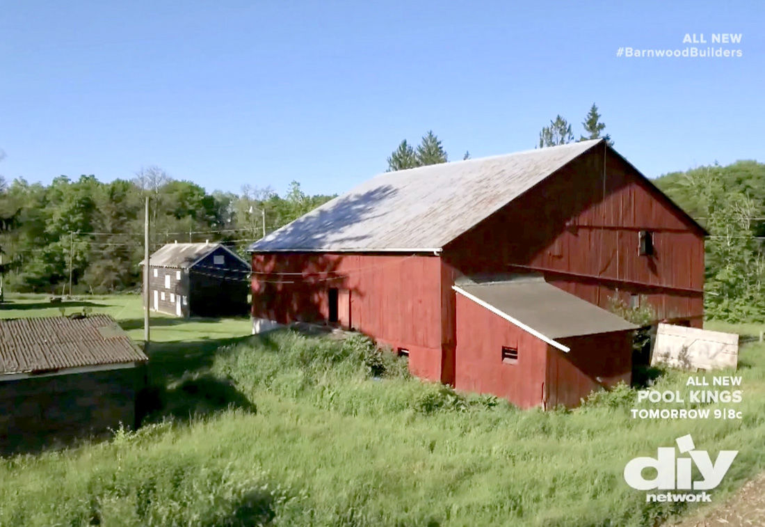 Area barn featured on 39barnyard builders39 tv show local for Barn builders show