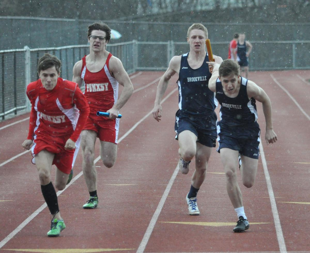 Raiders 4x100 relay handoff (copy)