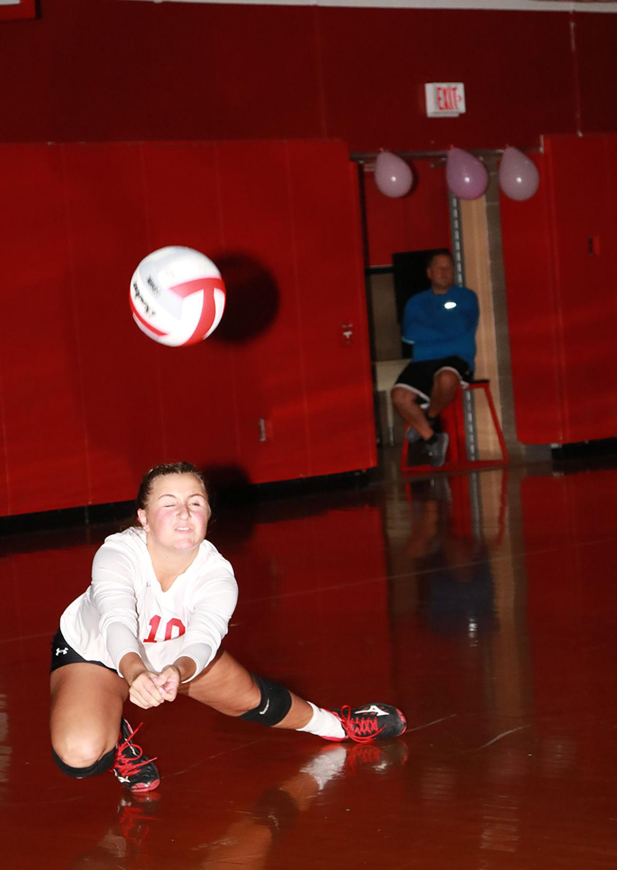 Abby Young dig vs. Union
