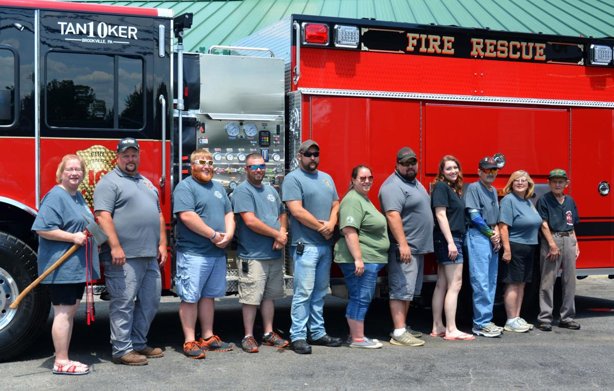 Pinecreek VFD members with tanker