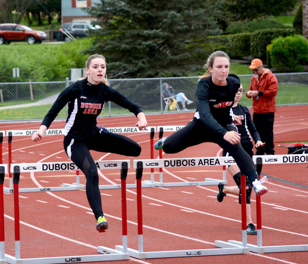 20170426-ce-sp King-McGriff hurdles
