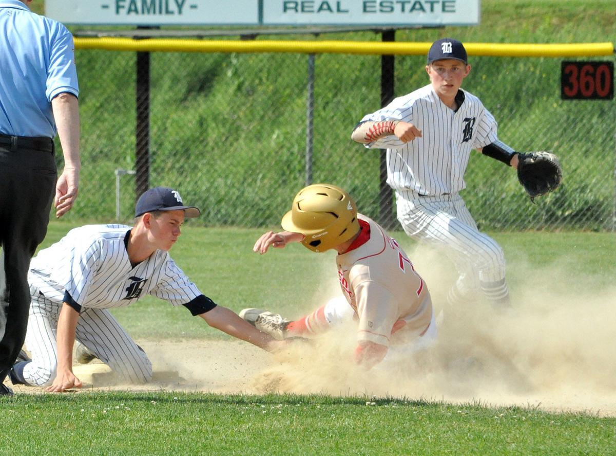 Caylor tag out at second