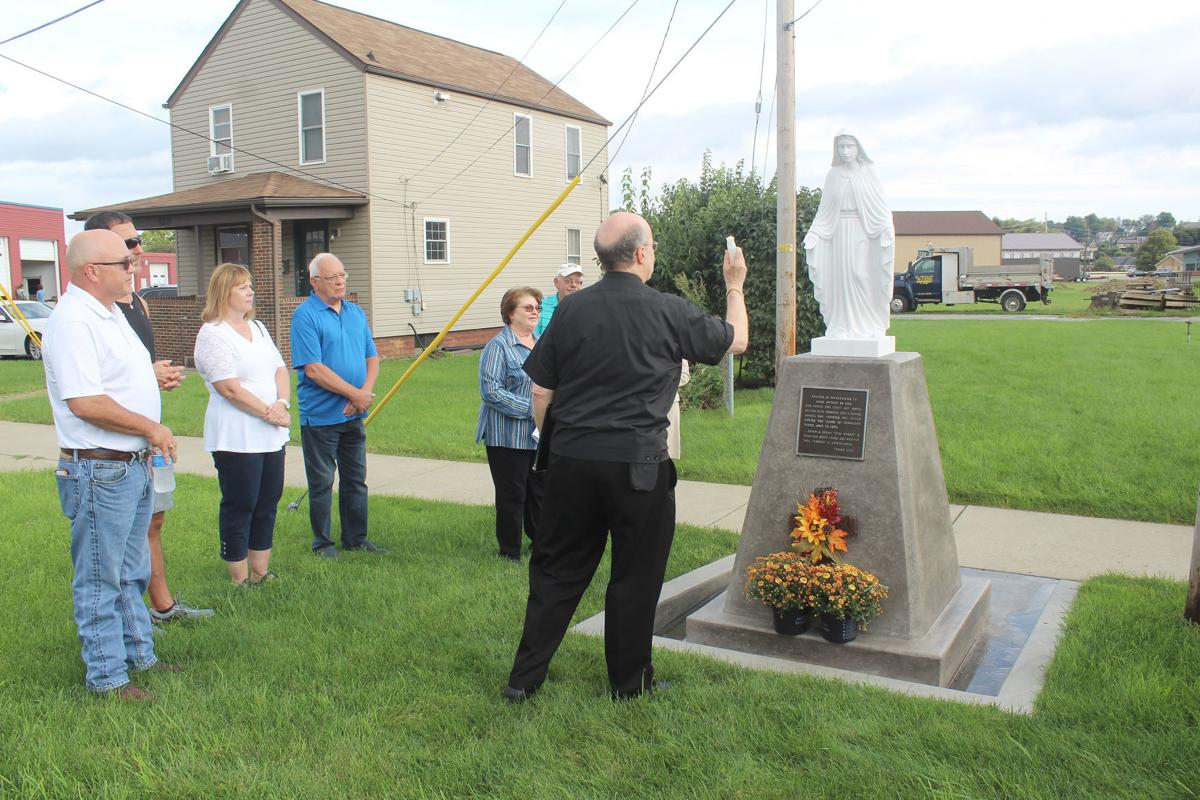 Blessing of statue
