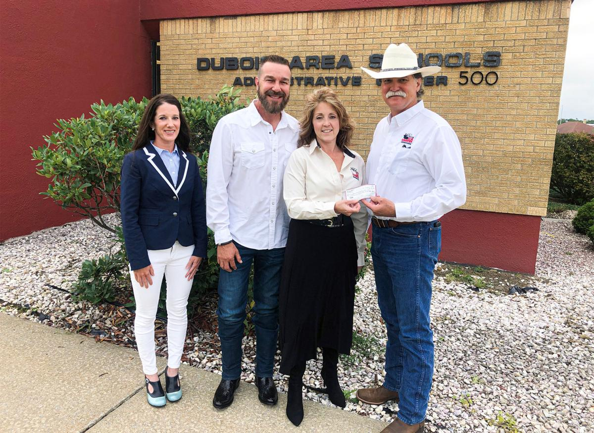 DuBois couple, KECA partner to bring elk country education to DASD students