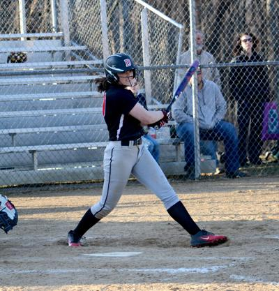 20190404-ce-sp Taylor Smith hitting