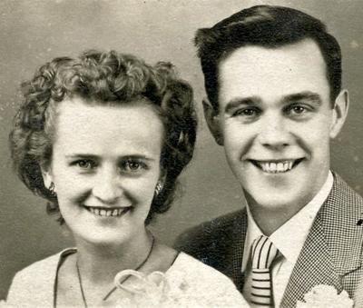 MR. AND MRS. JOHN KARNS