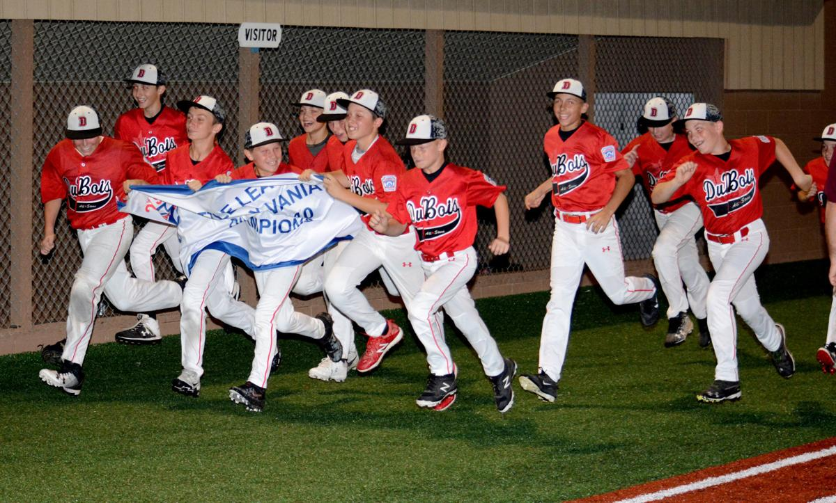20190707-ts-sp DuBois Minors with banner