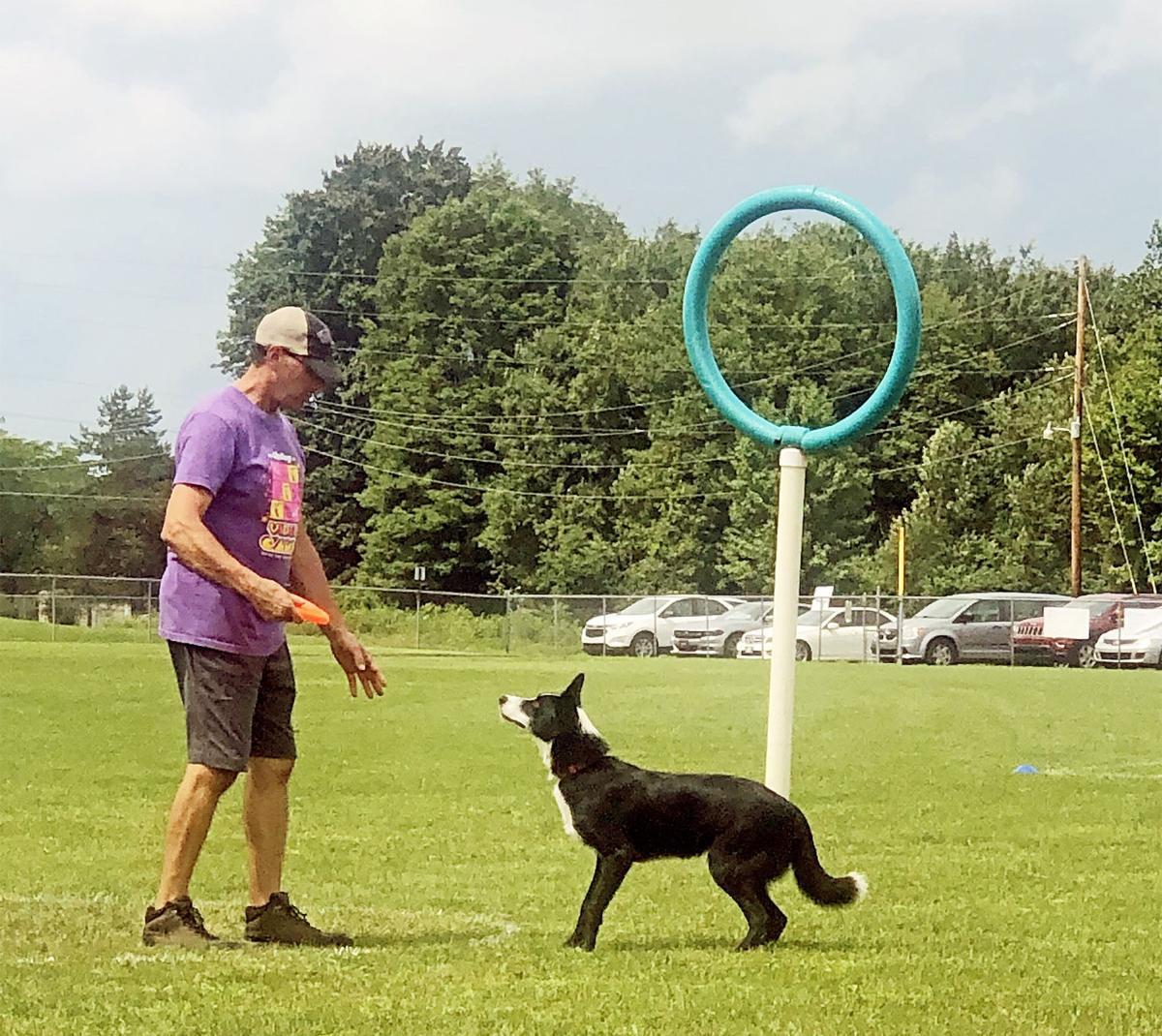 Frisbee throwing