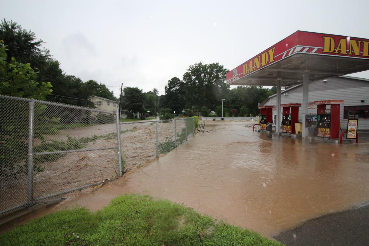 Flooding wrecks havoc on area for second straight day