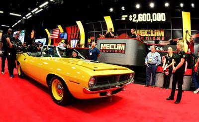 Mecum Auction Plymouth-Hemi-Cuda 2.jpg