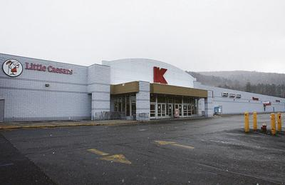 Awe Inspiring Kmart Parent To Close 96 Stores Including Sidneys Local Ibusinesslaw Wood Chair Design Ideas Ibusinesslaworg
