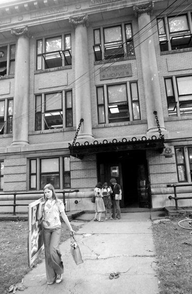 Backtracking: In Our Times: Many arrivals, departures kept Oneonta busy during June 1976