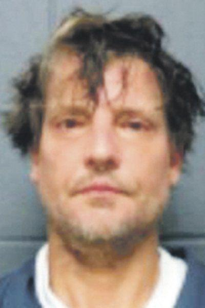 Police: Davenport man had portable meth lab