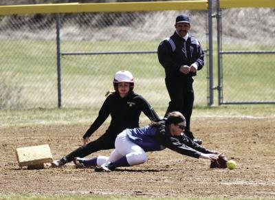Yellowjacket softball suffers 1st STAC loss
