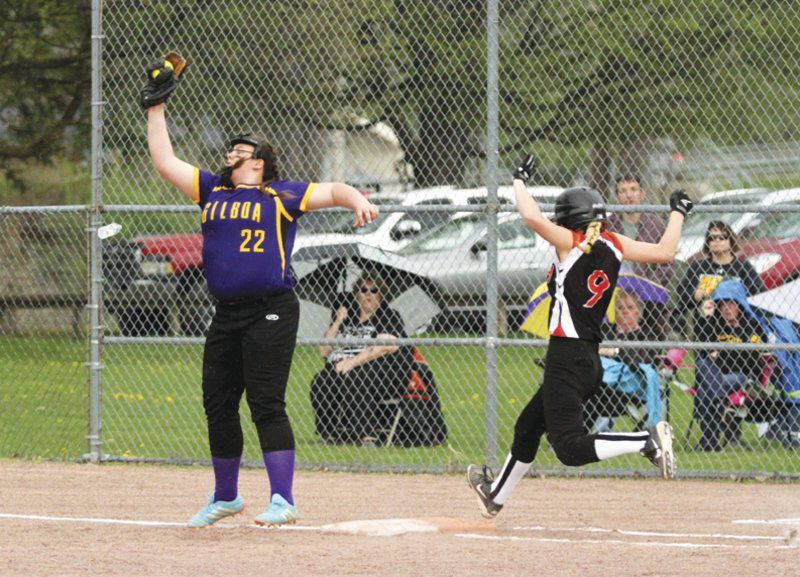Big hits, errors lead Roxbury to Delaware League softball title