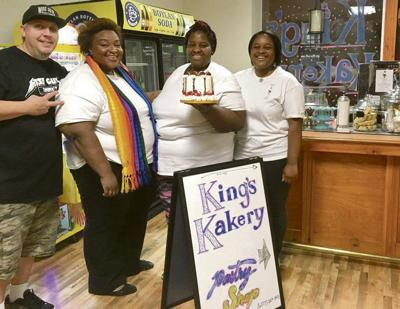 Cakeconnoisseurs find sweet home in ice cream shop