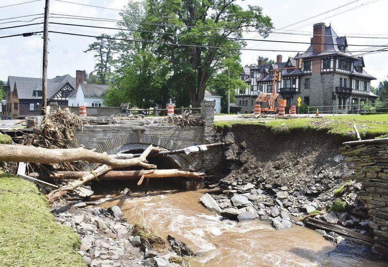 Officials seekdisaster statusafter floodingslams region