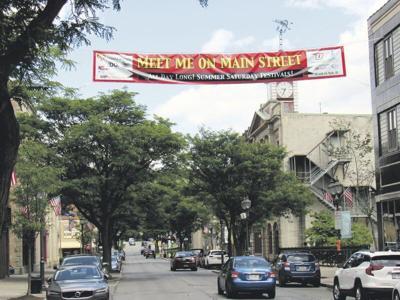 Main St.dining closuresbringcrowds back to eager businesses