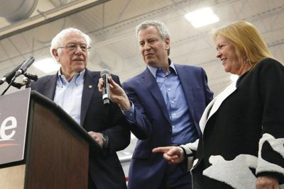 Democratstake sides as New Yorkprimary looms