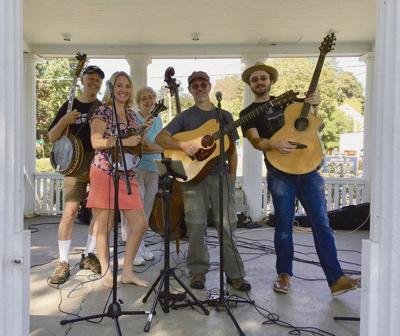 Melanie and the Boys to play at farm market