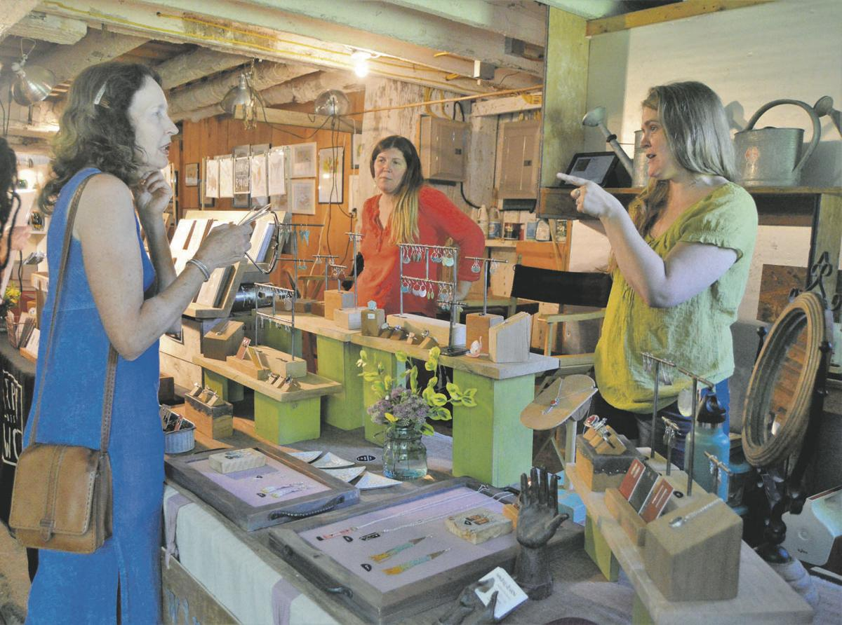 Stagecoach Run highlights local artists
