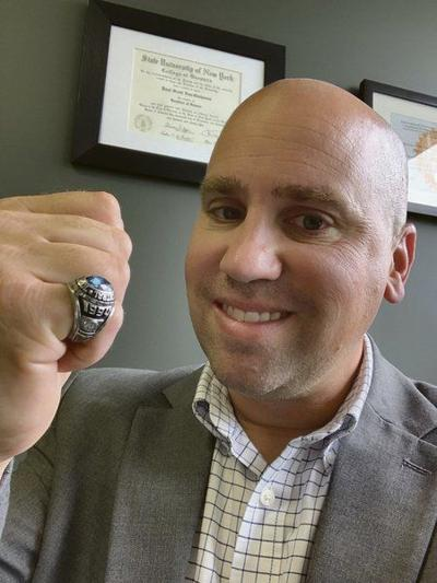 Man finds Jeffersongraduate's lost class ring 28 years later