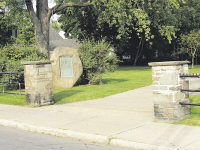 Proposed overhaul of Huntington Park draws praise