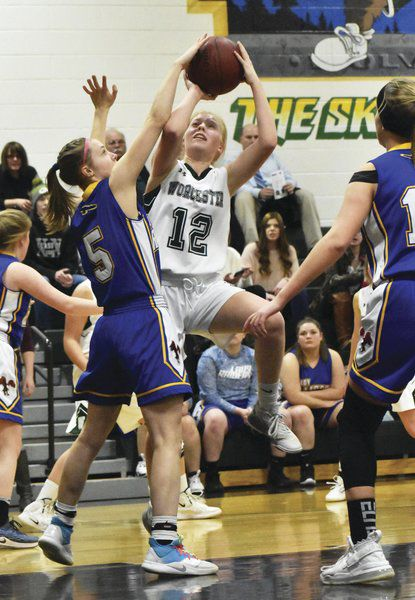 Worcester girls outlast G-MU in Tri-Valley first round