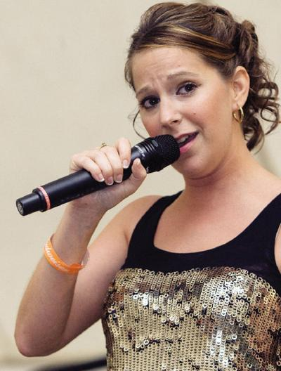 Norwich woman wins Ultimate Idol | Local News | thedailystar com
