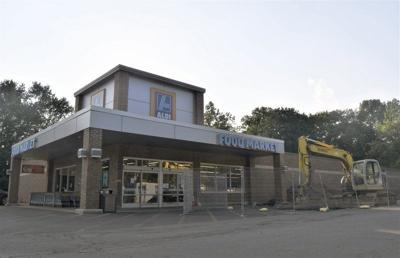 Southside discount grocer to close for renovations