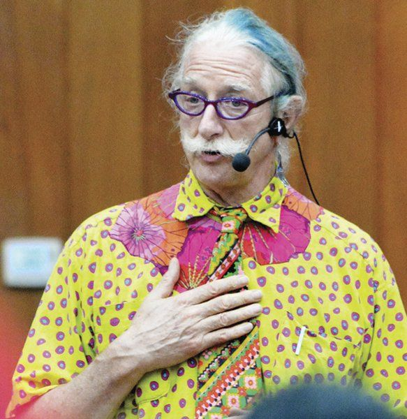 Renowned doctor 'Patch' Adams speaks at college | Local ...
