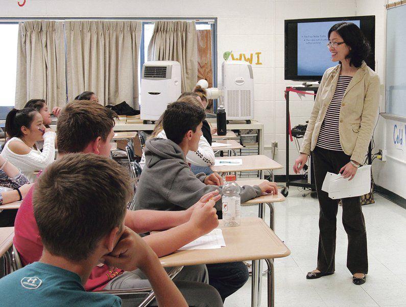 Speakers enlighten students on world religions