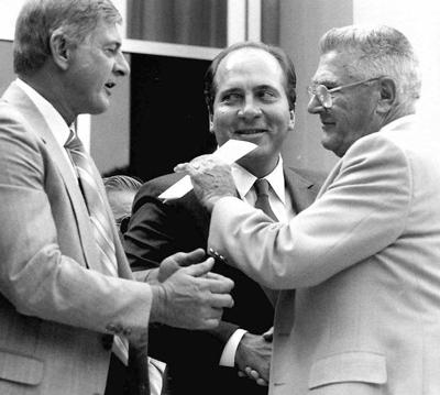 Backtracking: In Our Times: More than 20,000 greeted baseball's best in Cooperstown in 1989