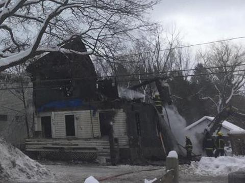 Man, 86, dies in early-morning Cherry Valley fire, police ...