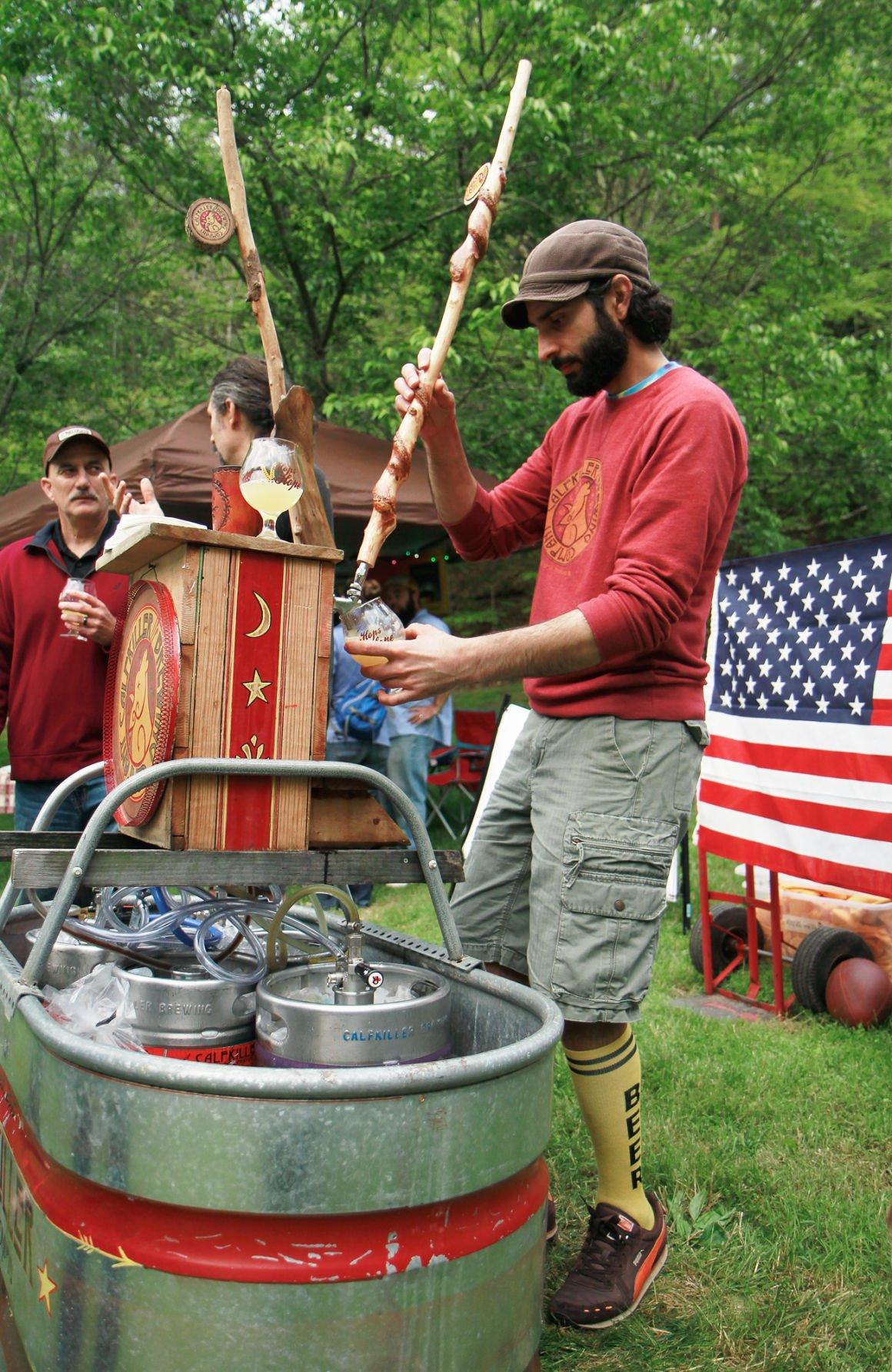 Dave Sergio pouring brews