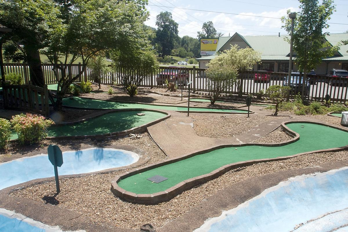 local friends revive mini golf in townsend news thedailytimes com