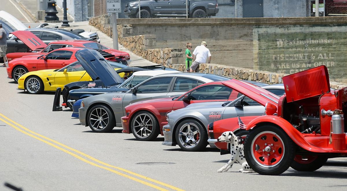 SUMMER ON BROADWAY: Car Show