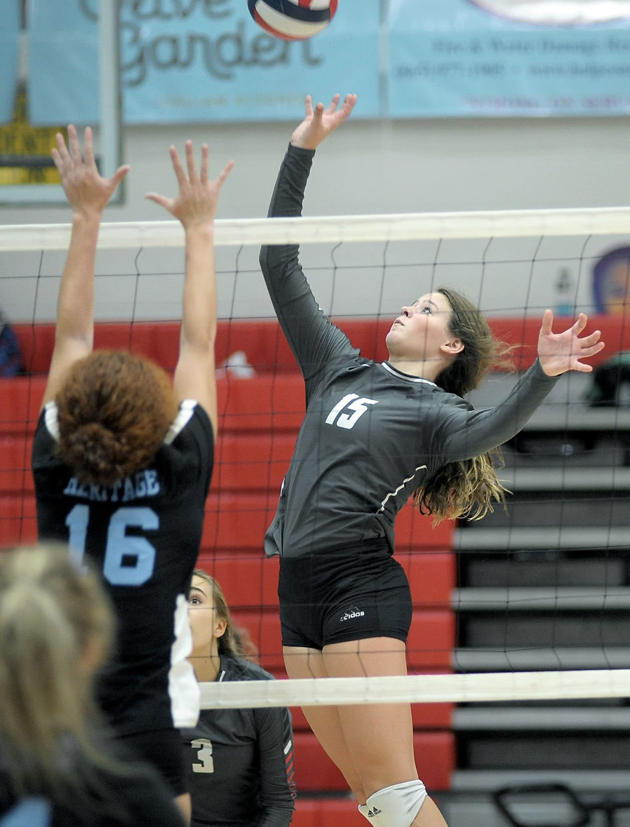 VOLLEYBALL: Maryville's Kylie Hopkins vs Heritage