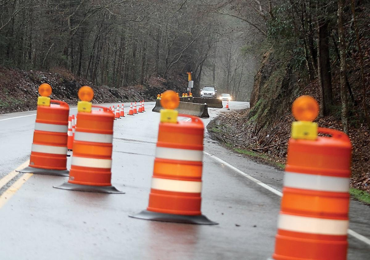 TDOT sets temporary signal, barriers at site of rockslides