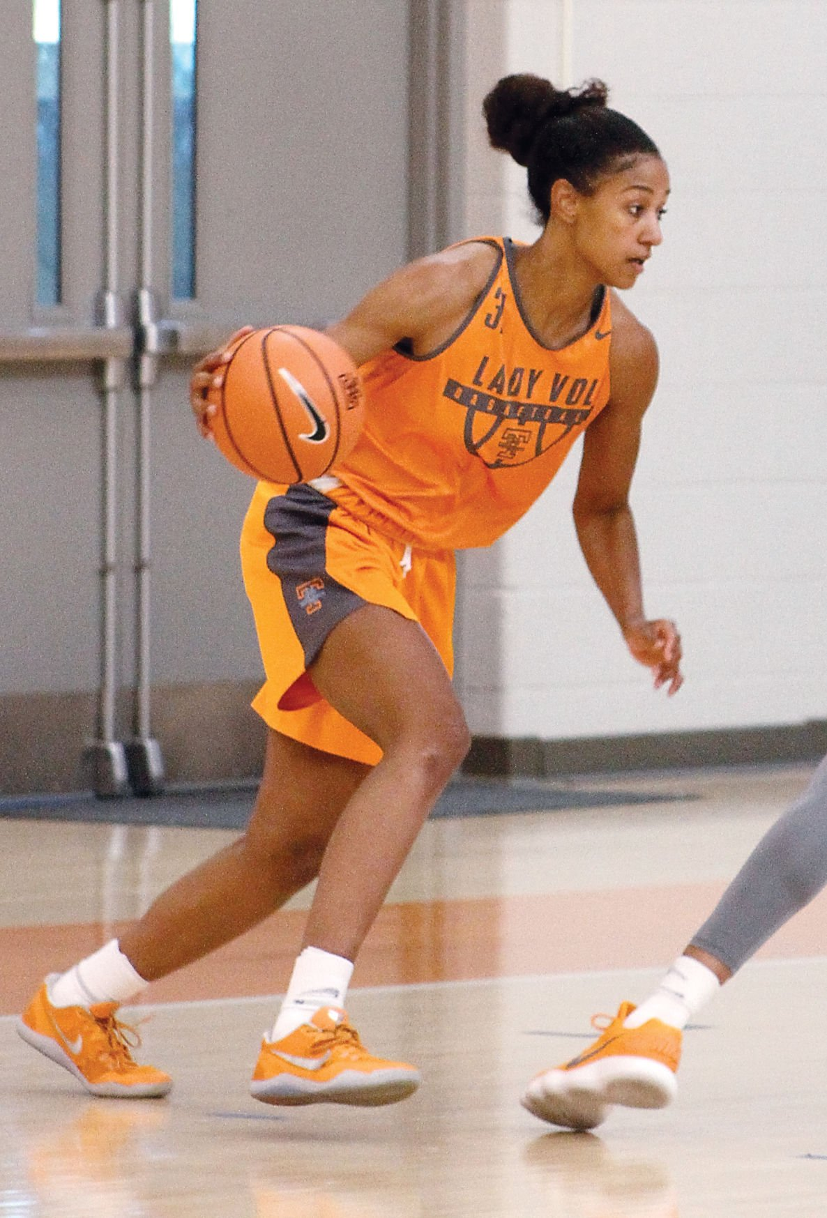 Mercedes Of Knoxville >> Jaime Nared, Mercedes Russell leading Lady Vols | Sports ...