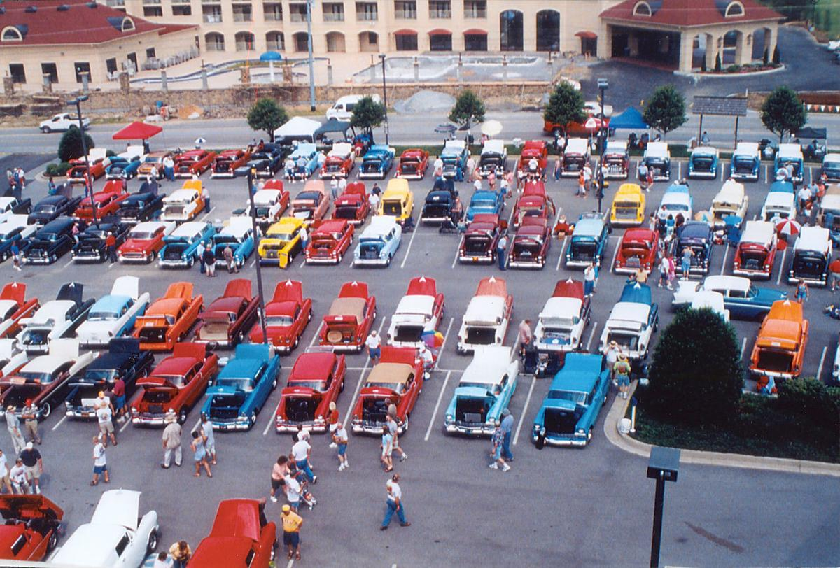 Smoky Mountain Chevrolet >> Wheels Keep Turning Chevy Club Turns 40 Keeps Right On