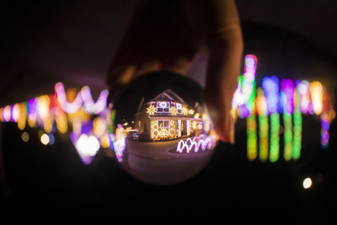 Christmas Toy Runs November 2021 Maryville Tn Let There Be Light The Bacon Family Illuminates Their Home For The Sake Of Christmas And Community Entertainment Thedailytimes Com